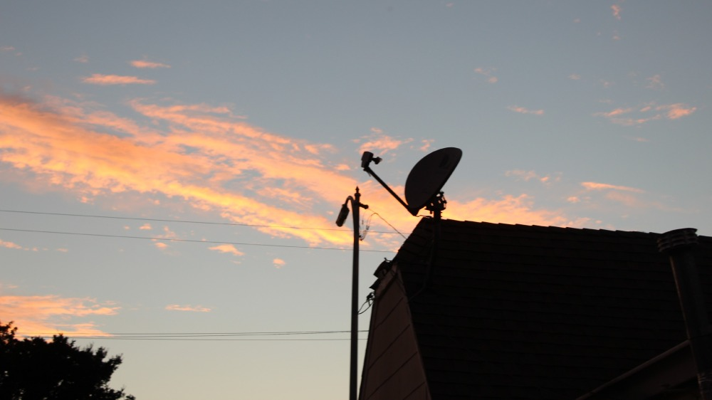 dinneratjohns_antenna